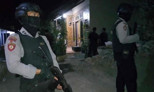 Puluhan Terduga Teroris Ditangkap Pasca Penusukan Wiranto