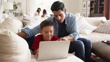 Hubungan ADHD, Screen Time, dan Penggunaan Gadget
