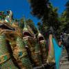 Wisata Religi Kuil Dewi Kwam Im di Atas Gunung Batu