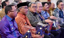 Presiden Beri Penghargaan Entitas Pertahankan Opini WTP