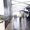 Di Tengah Guyuran Hujan, Presiden Jokowi Tinjau Lokasi Terdampak Banjir di Kalsel