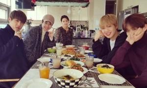 Park Woo Jin dan Lee Dae Hwi 'Wanna One' Ikut Rayakan Imlek