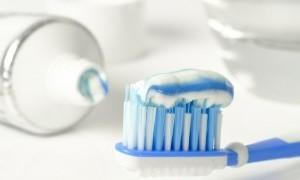 Hilangkan Bulu Tak Hanya dengan Waxing, Tapi Bisa dengan Pasta Gigi