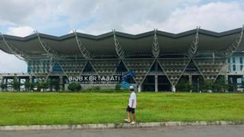 [Hoaks atau Fakta]: Bandara Kertajati Jadi Bengkel Sepeda Motor