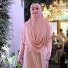 Makin Elegan Berbusana Muslim dengan Kristal Swarovski