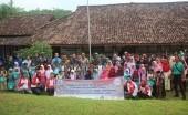 Peduli Pelajar di Pelosok, Aksi Bahagia Berbagi di Karawang