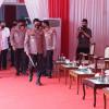 Kapolri Ingin Tempeleng Pilot Polisi yang Bubarkan Demo Pakai Helikopter