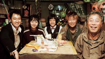 Bukan Cuma Drakor, 5 Film Klasik Korea ini Juga Bikin Baper