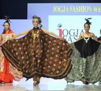 Jogja Fashion Week XII Resmi Dibuka