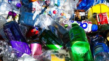 Ilmuwan Ubah Botol Plastik Menjadi Penyedap Rasa Vanila
