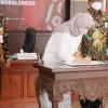 KPK Tetapkan Bupati Probolinggo dan Suaminya Tersangka