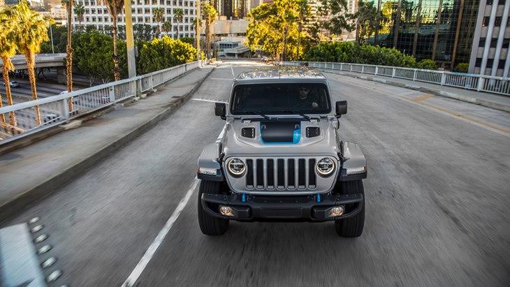 Jeep Wrangler 4xe: Efisien dan Ramah Lingkungan