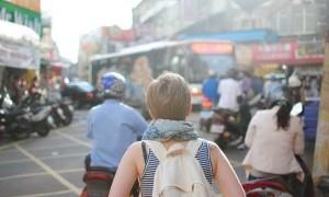 Jadilah Pelancong Keren tanpa Plastik