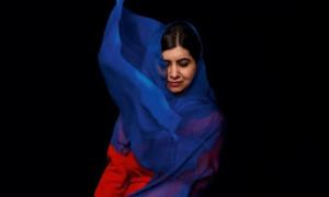 Kisah Kerudung Malala Yousafzai di Sampul Majalah Fesyen