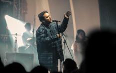 Usai Penantian Panjang, Sal Priadi Akhirnya Hadirkan Album Perdana 'Berhati'