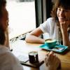Masih Jomlo dan Sering Gugup? Cara Ini Efektif untuk Memulai Percakapan dengan Perempuan