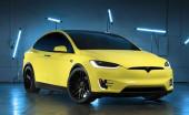 Tesla Luncurkan Layanan Wrapping Mobil Resmi untuk yang Ingin Tampil Beda