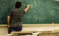 Bantu Ringankan Tingkat Stres Guru