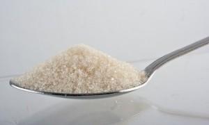 Usir Ketombe dengan Manisnya Gula