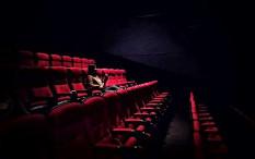 Menparkeraf Peringatkan Pengelola Bioskop tidak Sembrono
