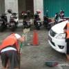 Hukuman Bagi Pelanggar CFD, Pungut Sampah hingga Nyapu Jalanan
