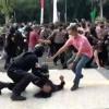 Mahasiswa yang Dibanting Minta Pelaku Oknum Polisi Dihukum