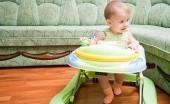 'Baby' 'Walker' Sebabkan Kelainan Pada Anatomi Kaki Si Kecil