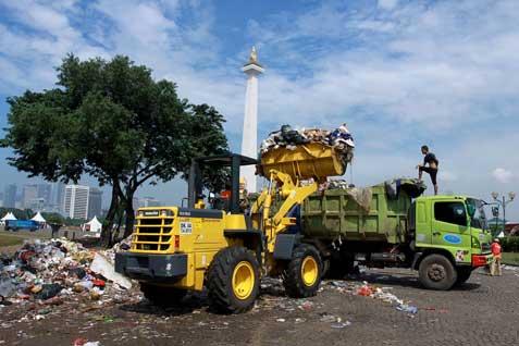 WFH Bikin Sampah Ibu Kota Turun Ratusan Ton Per Hari
