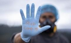 Pakar: Orang Lebih Takut Informasi COVID-19 daripada Virus Itu Sendiri