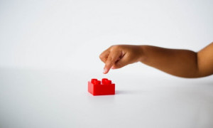 Demi Permintaan Anak-Anak, Lego Tinggalkan Plastik