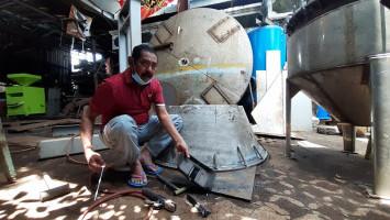 Ngaku Tolak Jabatan Wamen PUPR, Rudy Pilih Kembali Lagi Jadi Tukang Las