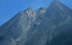 Suara Guguran Terdengar Tiga Kali dari Gunung Merapi