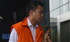 KPK Perpanjang Penahanan Politisi Golkar