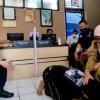 Dipukul dan Diludahi, Seorang Ibu Laporkan Anak Kandungnya ke Polisi