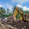 Cuaca Buruk Hambat Evakuasi dan Penyaluran Bantuan Korban Banjir Bandang di NTT