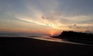 Senja di Pantai Yahembang Jembrana, Pesona Baru Bagi Wisatawan