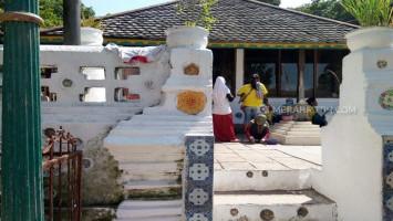 Menguak Dugaan Jejak Freemason di Kompleks Makam Sunan Gunung Jati