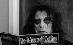 Single 'Rock 'n' Roll' Teaser Album Baru Alice Cooper