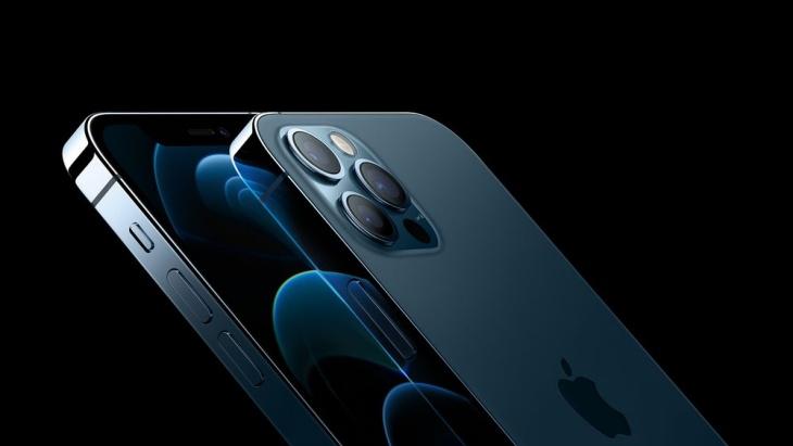 Biru Menjadi Warna Spesial Andalan iPhone 12