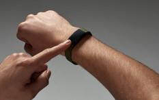 Tetap Sehat Selama Puasa dengan Smart Band Canggih