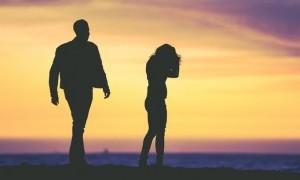 Seks Bikin Perempuan Mudah Mengungkit Kesalahan Pria?