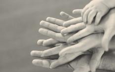 4 Siasat Meredakan Pertengkaran Orangtua Baru