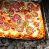 Heboh, Koki Ini Memasak Pizza dengan 'Oven' Gunung Berapi Aktif