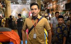 Darius SinathriyaPrihatin Kebakaran Hutan di Indonesia