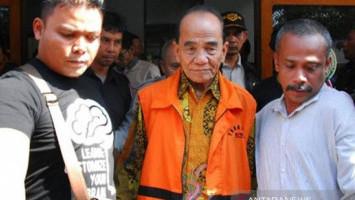 Ini Alasan Jokowi Berikan Grasi untuk Terpidana Korupsi Annas Maamun