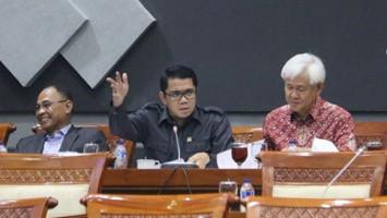 Enggak Pakai Uang Negara, JKP di RUU Omnibus Law Dinilai Beratkan Buruh