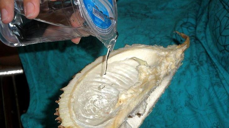 Belah Durian di Negeri Aing, Mitos hingga Cara Memilih yang Maknyus