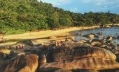 Pantai Temajuk, Wisata Kelas Dunia yang Asing di Telinga Traveler
