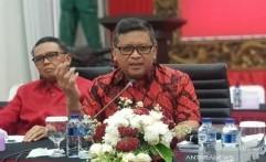 PDIP Hormati Keputusan Presiden Jokowi Tunjuk Prabowo Jadi Menteri
