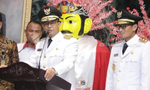 Curhat Gubernur Anies Jelang Satu Tahun Pimpin Jakarta